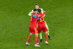 CARDIFF, WALES - Tuesday, November 19, 2019: Wales' captain Gareth Bale, goalkeeper Wayne Hennessey and Chris Mepham celebrate after a 2-0 victory ensures qualification to Euro 2020 after the final UEFA Euro 2020 Qualifying Group E match between Wales and Hungary at the Cardiff City Stadium. (Pic by Paul Greenwood/Propaganda)