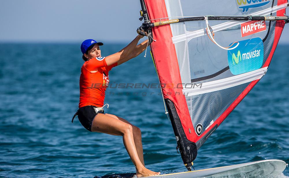 RS:X WORLD CHAMPIONSHIP 2015, October 17th-24th Al Mussanah Sports City, Sultanate. 3rd day of racing, golden fleets 22.10.2015. ESP 5 MarinaAlabau Neira<br /> <br /> Credit Jesus Renedo/Oman Sail