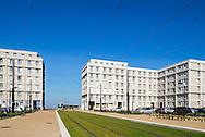Le Havre. La Porte Océane jonction entre l'avenue Foch et la plage du Havre / Le Havre. Ocean Gate junction of Avenue Foch and the beach of Le Havre.
