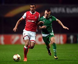 BRAGA, Oct. 20, 2017  Fransergio(L) of Braga vies with Jacek Goralski of Ludogorets during the Europa League soccer match between SC Braga and PFC Ludogorets 1945 at the Braga Municipal Stadium in Braga, Portugal, on Oct. 19, 2017. (Credit Image: © Zhang Liyun/Xinhua via ZUMA Wire)