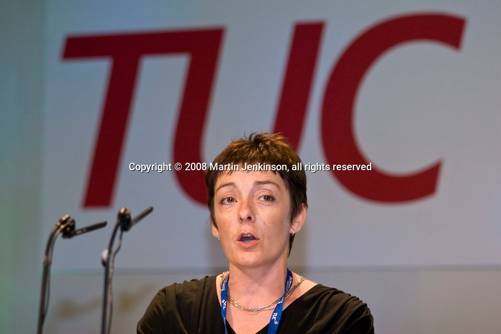 Hazel Danson, NUT, speaking at the TUC Conference 2008...© Martin Jenkinson, tel 0114 258 6808 mobile 07831 189363 email martin@pressphotos.co.uk. Copyright Designs & Patents Act 1988, moral rights asserted credit required. No part of this photo to be stored, reproduced, manipulated or transmitted to third parties by any means without prior written permission