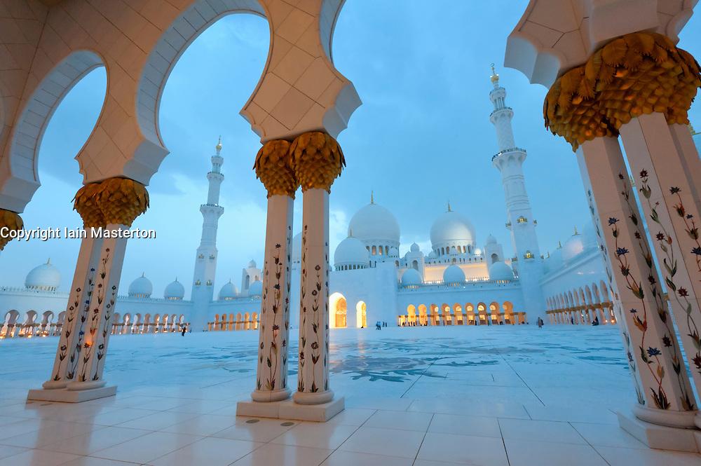 Sheikh Zayed Mosque in Abu Dhabi, UAE, United Arab Emirates