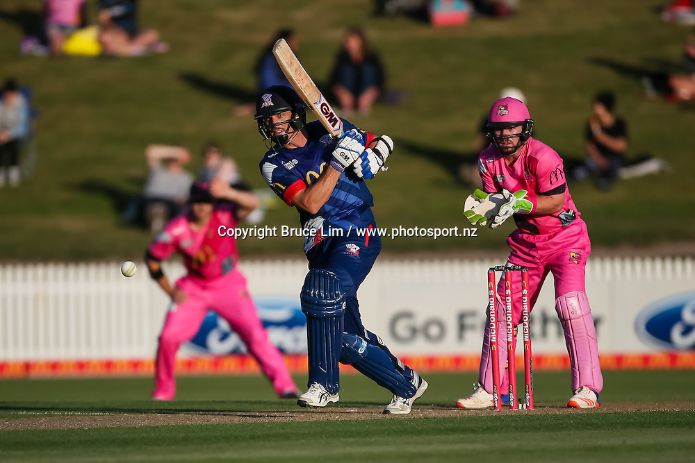 Auckland Aces' Rob Nicol batting during the McDonalds Super Smash T20 cricket match - Knights v Aces played at Seddon Park, Hamilton, New Zealand on Saturday 17 December.<br /> <br /> Copyright photo: Bruce Lim / www.photosport.nz