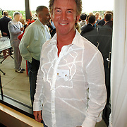 NLD/Amsterdam/20070606 - Wegener Haringparty Hilton 2007, zanger Dario