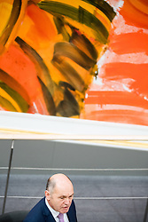 13.12.2017, Hofburg, Wien, AUT, Parlament, Nationalratssitzung, Sitzung des Nationalrates beginnend mit einer Aktuellen Stunde zum Thema Sicherheitspolizeilichen Maßnahmen zur Terrorabwehr, im Bild Bundesminister für Inneres Wolfgang Sobotka (ÖVP) // Austrian Minister of the Interior Wolfgang Sobotka during meeting of the National Council of austria at Hofburg palace in Vienna, Austria on 2017/12/13, EXPA Pictures © 2017, PhotoCredit: EXPA/ Michael Gruber