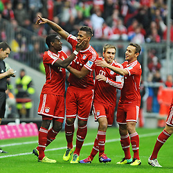 09.11.2013, Allianz Arena, Muenchen, GER, 1. FBL, FC Bayern Muenchen vs FC Augsburg, 12. Runde, im Bild Freude nach dem 1:0--- vl David Alaba (FC Bayern Muenchen), Torschuetze Jerome Boateng (FC Bayern Muenchen), Philipp Lahm (FC Bayern Muenchen), Rafinha (FC Bayern Muenchen) // during the German Bundesliga 12th round match between FC Bayern Munich and FC Augsburg at the Allianz Arena in Muenchen, Germany on 2013/11/09. EXPA Pictures © 2013, PhotoCredit: EXPA/ Eibner-Pressefoto/ Stuetzle<br /> <br /> *****ATTENTION - OUT of GER*****