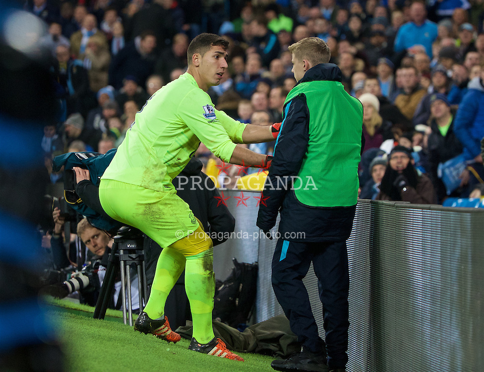MANCHESTER, ENGLAND - Wednesday, January 27, 2016: Everton's goalkeeper Joel Robles grabs the ball off a ball-boy as his side chase a goal against Manchester City during the Football League Cup Semi-Final 2nd Leg match at the City of Manchester Stadium. (Pic by David Rawcliffe/Propaganda)