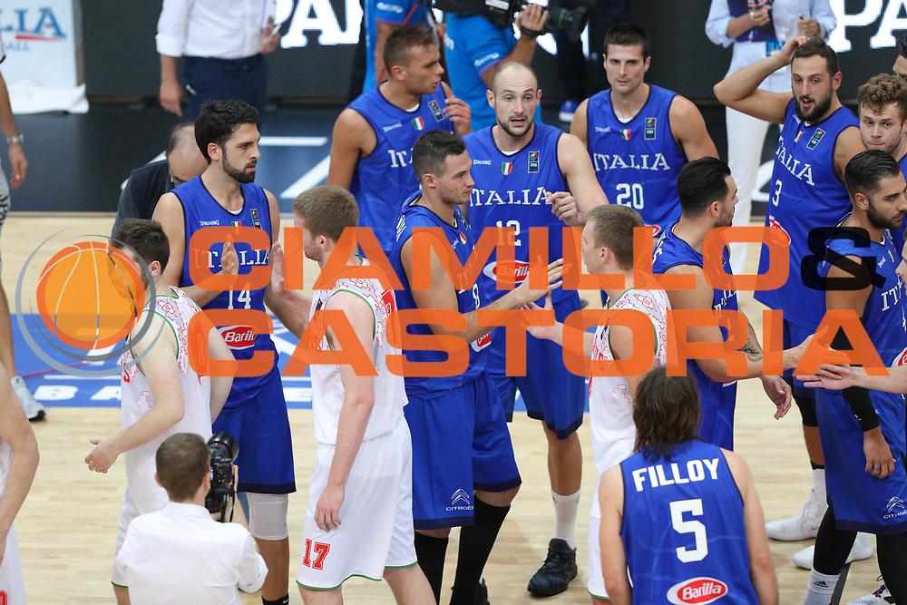 Fair play fine partita, Nazionale italiana maschile senior - Trentino basket cup 2017 ITALIA - BIELORUSSIA ITALY BELARUS, FIP 2017, Trento 29/07/2017 foto Ciamillo-Castoria/Bertani