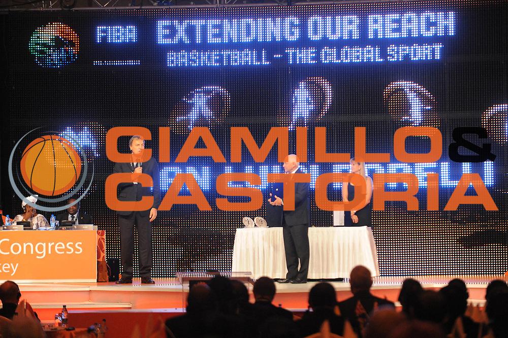 DESCRIZIONE : Istanbul Turchia Turkey Men World Championship 2010 Campionati Mondiali<br /> GIOCATORE : Bob Elphinston Dino Meneghin Gian Luigi Porelli<br /> SQUADRA : <br /> EVENTO : Istanbul Turchia Turkey Men World Championship 2010 Campionato Mondiale 2010 FIBA World Congress<br /> GARA :<br /> DATA : 06/09/2010<br /> CATEGORIA :<br /> SPORT : Pallacanestro <br /> AUTORE : Agenzia Ciamillo-Castoria/<br /> Galleria : Turkey World Championship 2010<br /> Fotonotizia : Istanbul Turchia Turkey Men World Championship 2010 Campionati Mondiali FIBA Wold Congress<br /> Predefinita :