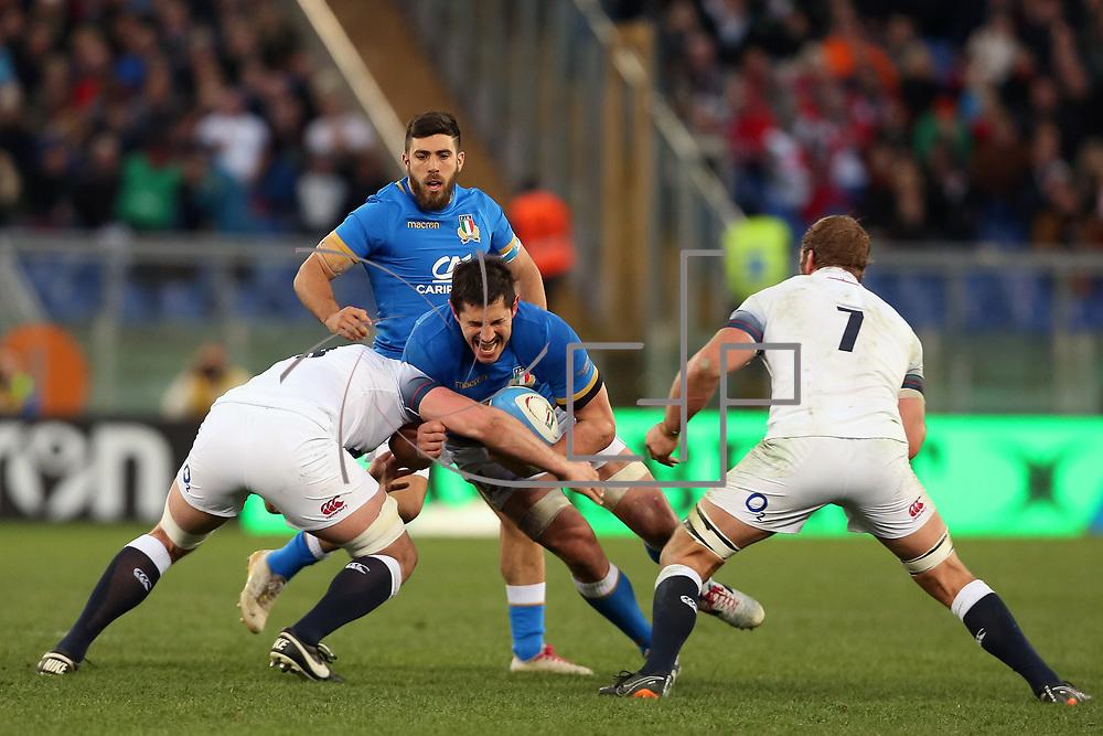 Roma 04/02/2018 Stadio Olimpico<br /> Natwest 6 nations Italia vs Inghilterra<br /> Alessandro Zanni placcato da Sam Simmonds