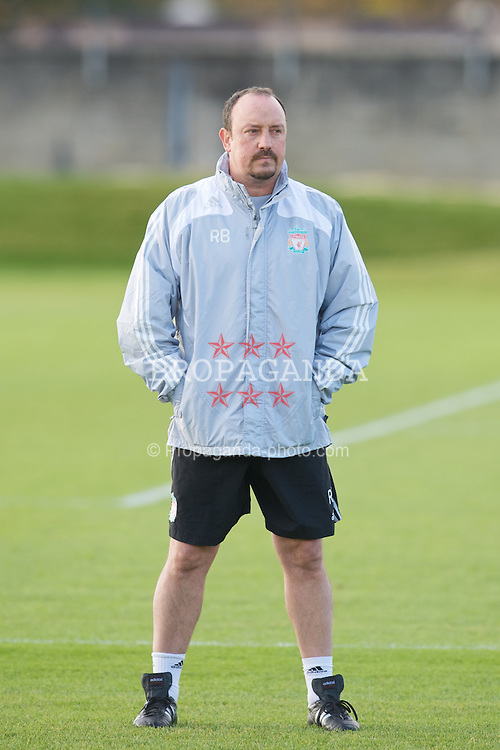 LIVERPOOL, ENGLAND - Friday, November 7, 2008: Liverpool's manager Rafael Benitez, who will begin talks with the club's owners over a new contract, during training at Melwood ahead of the Premiership match with West Bromwich Albion. (Photo by David Rawcliffe/Propaganda)