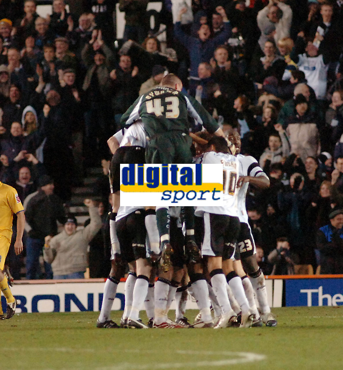 Photo: Kevin Poolman.<br />Derby County v Sheffield Wednesday. Coca Cola Championship. 13/01/2007. Derby players celebrate their goal.