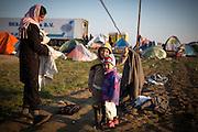 Flüchtlingscamp Idomeni: Mehr als zehntausend Flüchtlinge stecken teilweise seit Wochen an der griechisch-mazedonischen Grenze bei Idomeni fest, nachdem die meisten Läder der Balkanroute ihre Grenzen geschlossen haben.