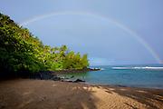 Rainbow, Kee Beach, Haena State park, Napali Coast, Kauai, Hawaii