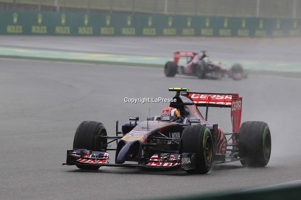 &copy; Photo4 / LaPresse<br /> 19/4/2014 Shanghai, China<br /> Sport <br /> Grand Prix Formula One China 2014<br /> In the pic: Daniil Kvyat (RUS) Scuderia Toro Rosso STR9