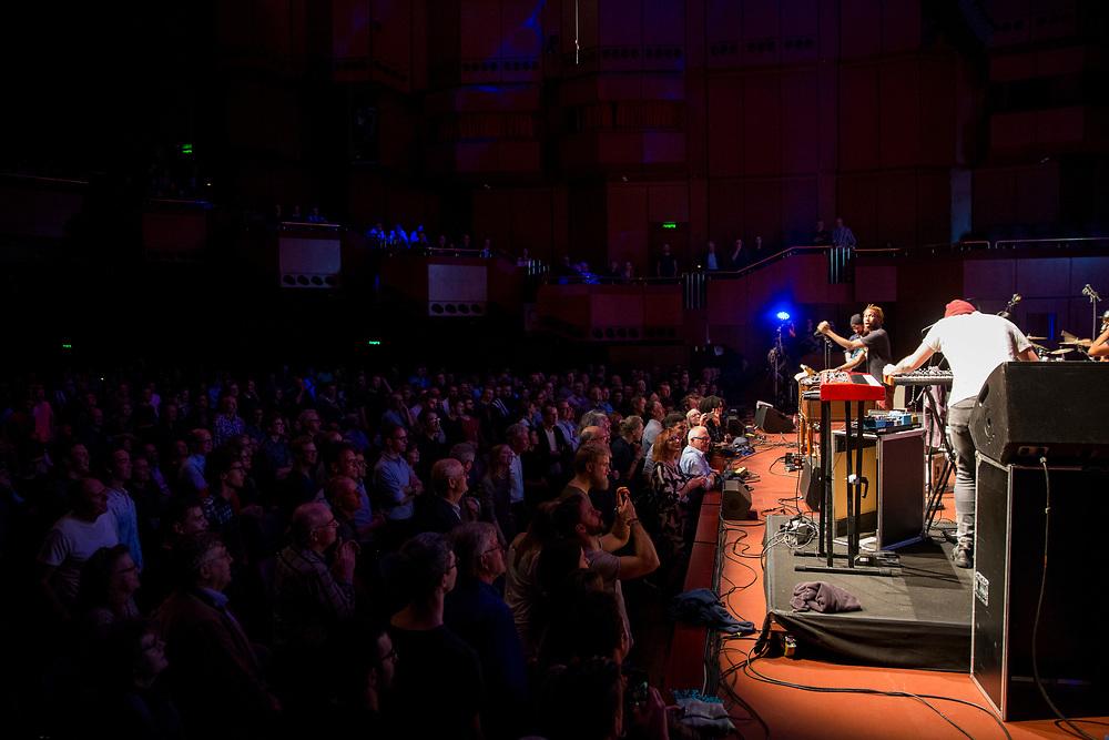 Frankfurt | Hessen | Deutschland | 25.10.2017: Das 48. Deutsche Jazzfestival Frankfurt 2017<br /> <br /> hier: Cory Henry &amp; The Funk Apostles<br /> <br /> Cory Henry | Hammond B3, Keyboards, Vocals<br /> Denise Stoudmire | Vocals<br /> Tiffany Stevenson | Vocals<br /> Nicholas Semrad | Keyboards<br /> Adam Agati | Guitar<br /> Sharay Reed | Bass<br /> TaRon Lockett | Drums<br />  <br /> Sascha Rheker<br /> 20171025<br /> <br /> [Inhaltsveraendernde Manipulation des Fotos nur nach ausdruecklicher Genehmigung des Fotografen. Vereinbarungen ueber Abtretung von Persoenlichkeitsrechten/Model Release der abgebildeten Person/Personen liegt/liegen nicht vor.]