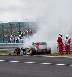 31.07.2011, Hungaroring, Budapest, HUN, F1, Grosser Preis von Ungarn, Hungaroring, im Bild bei Nick Heidfeld (GER), Lotus Renault GP explodierte der Motor und ging in Flamen auf // with Nick Heidfeld (GER), Lotus Renault GP engine exploded in flames and went on during the Formula One Championships 2011 Hungarian Grand Prix held at the Hungaroring, near Budapest, Hungary, 2011-07-31, EXPA Pictures © 2011, PhotoCredit: EXPA/ J. Feichter