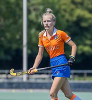 BLOEMENDAAL   -  Lilli de Nooijer (Bldaal) ,  oefenwedstrijd dames Bloemendaal-Victoria, te voorbereiding seizoen 2020-2021.   COPYRIGHT KOEN SUYK