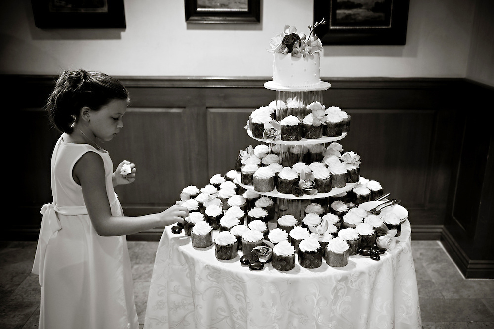 Ring girl diving into the cupcake tower!