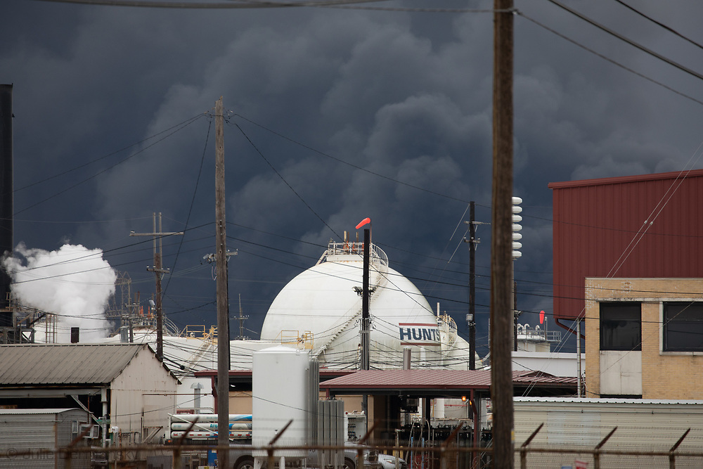 Plume from the Texas Petroleum Chemical (TPC) plant  in Port Neches Texas, the day after a few exsplosions rocked the plant.