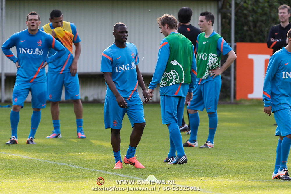 NLD/Hoenderloo/20120514 - !e training Nederlands elftal voor EK 2012, Jetro Willems