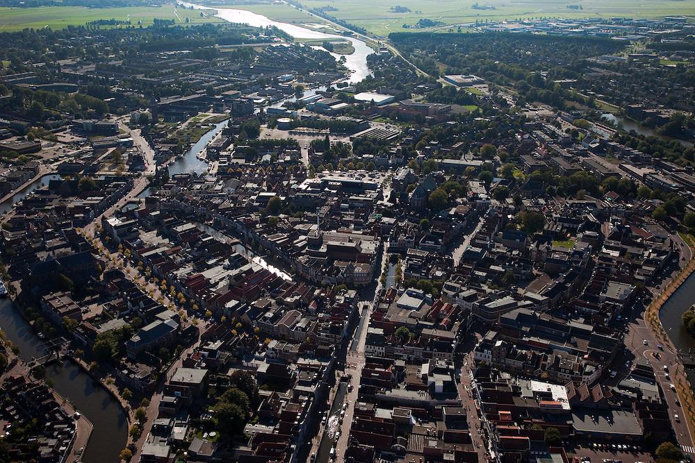 Nederland, Friesland, Sneek, 08-09-2009; Overzicht binnenstad, .het water van de Geeuw naar IJlst aan de horizon..Overview city.Luchtfoto (toeslag); aerial photo (additional fee required); .foto Siebe Swart / photo Siebe Swart