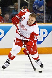 March 3, 2011; San Jose, CA, USA;  Detroit Red Wings right wing Kris Draper (33) warms up before the game against the San Jose Sharks at HP Pavilion.  San Jose defeated Detroit 3-1. Mandatory Credit: Jason O. Watson / US PRESSWIRE