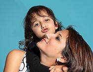 Портрет на майка и дъщеря