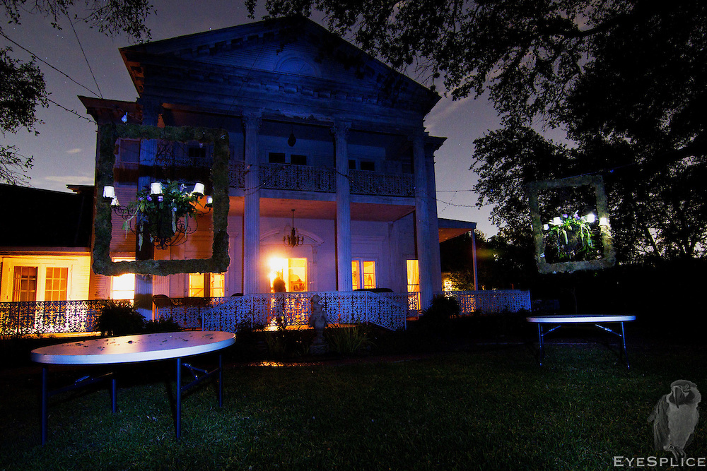 The Black Swan Inn, located in San Antonio and site of the historic Battle of the Salado is famous for being one of the most haunted places in North America. It is home to Victoria's Black Swan Inn paranormal investigating team.