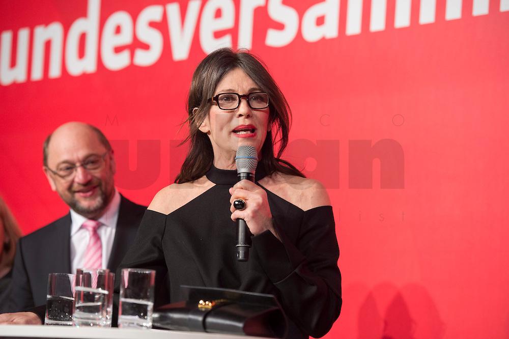 11 FEB 2017, BERLIN/GERMANY:<br /> Iris Berben, Schauspielerin, waehrend einem Empfang der SPD anl. der Bundesversammlung, Westhafen Event und Convention Center<br />  IMAGE: 20170211-03-045