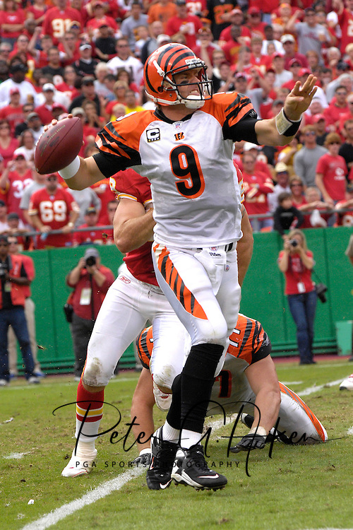 October 14, 2007 - Kansas City, MO..Quarterback Carson Palmer #9 of the Cincinnati Bengals in action agaisnt the Kansas City Chiefs, during a NFL game at Arrowhead Stadium in Kansas City, Missouri on October 14, 2007...FBN:  The Chiefs defeated the Bengals 27-20.  .Photo by Peter G. Aiken/Cal Sport Media