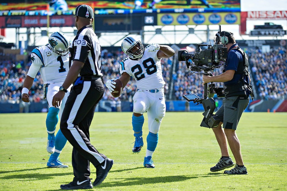 NASHVILLE, TN - NOVEMBER 15:  Jonathan Stewart #28 of the Carolina Panthers does a touchdown dance after scoring a touchdown against the Tennessee Titans at Nissan Stadium on November 15, 2015 in Nashville, Tennessee.  (Photo by Wesley Hitt/Getty Images) *** Local Caption *** Jonathan Stewart
