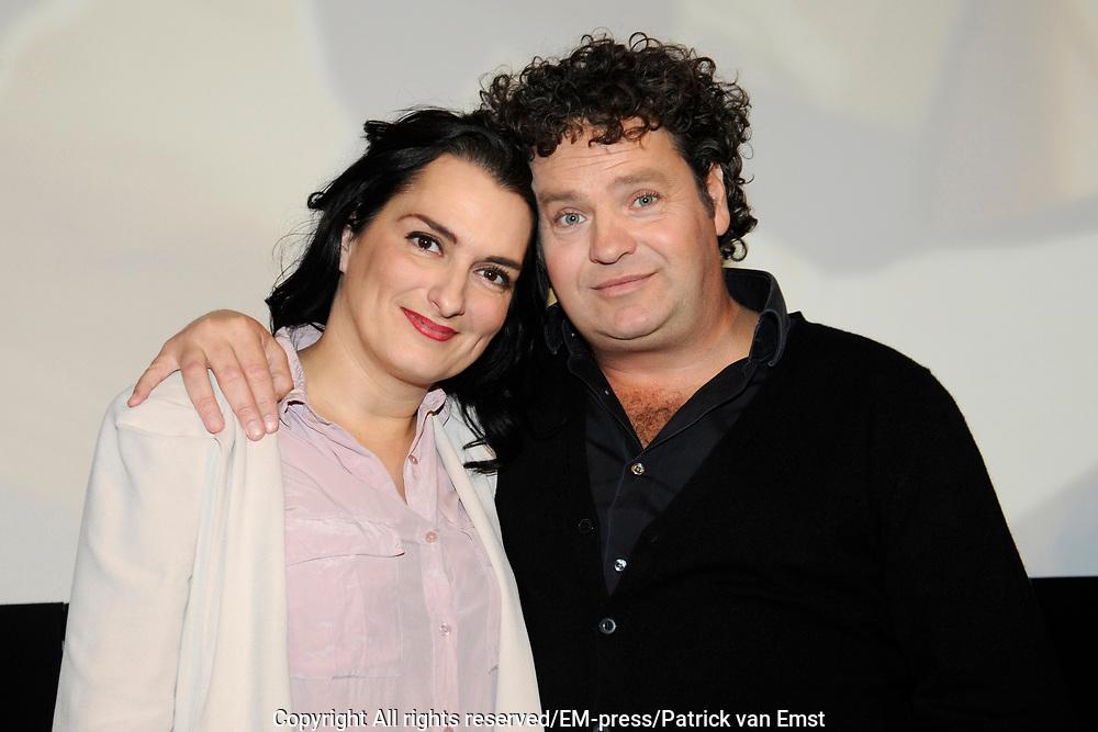 Perspresentatie van de  nieuwe komische dramaserie van RTL Divorce. De serie gaat over drie mannen die noodgedwongen, na een scheiding, bij elkaar intrekken.<br /> <br /> Op de foto:  Carly Wijs en Dirk Zeelenberg