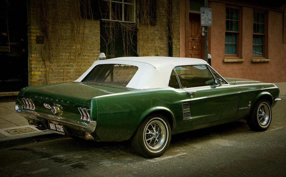 andy spain architectural photography mustang car brick lane london street