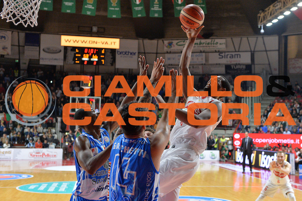 DESCRIZIONE : Varese, Lega A 2015-16 Openjobmetis Varese Dinamo Banco di Sardegna Sassari<br /> GIOCATORE : Brandon Davies<br /> CATEGORIA : Tiro equilibrio<br /> SQUADRA : Openjobmetis Varese<br /> EVENTO : Campionato Lega A 2015-2016<br /> GARA : Openjobmetis Varese vs Dinamo Banco di Sardegna Sassari<br /> DATA : 26/10/2015<br /> SPORT : Pallacanestro <br /> AUTORE : Agenzia Ciamillo-Castoria/I.Mancini<br /> Galleria : Lega Basket A 2015-2016 <br /> Fotonotizia : Varese  Lega A 2015-16 Openjobmetis Varese Dinamo Banco di Sardegna Sassari<br /> Predefinita :