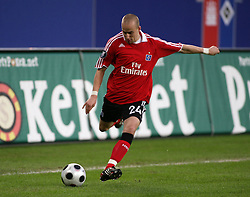 Football - soccer: UEFA cup 20007/2008, Hamburger SV (HSV, Hamburger Sportverein) - Bayer 04 Leverkusen,. Miso Brecko (HSV) .copyright: SPORTIDA / HOCH ZWEI / HOCH ZWEI / Malte Christians