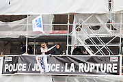 FRENCH POLICE PROTEST IN PARIS<br /> <br /> POLICE SEVERAL HUNDRED gathered outside MINISTRY OF JUSTICE PLACE VENDOME , PARIS , FRANCE<br /> ©Exclusivepix Media