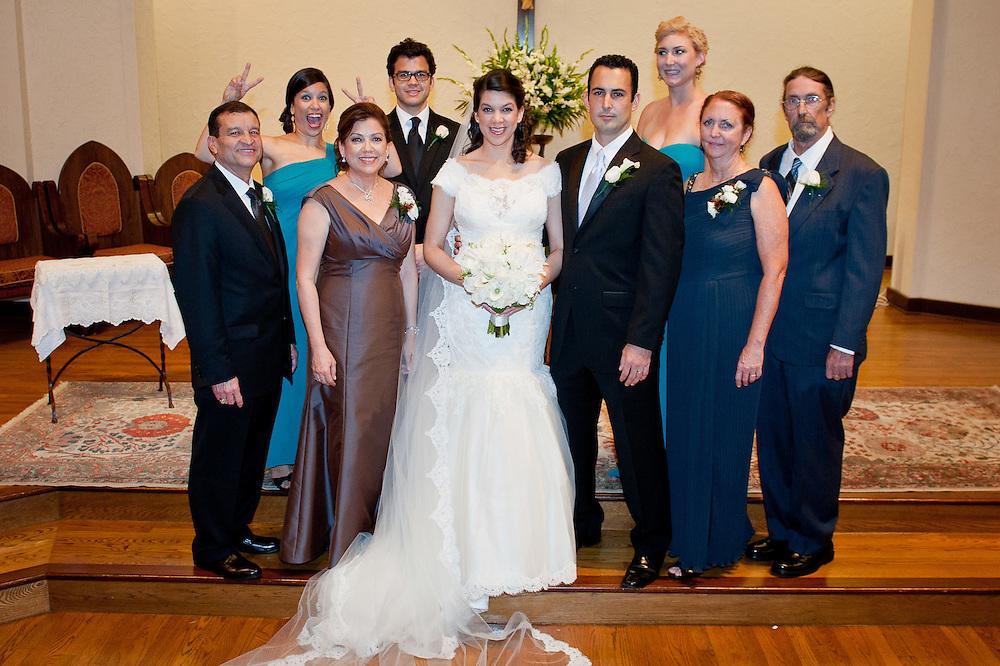 10/9/11 6:07:05 PM -- Zarines Negron and Abelardo Mendez III wedding Sunday, October 9, 2011. Photo©Mark Sobhani Photography