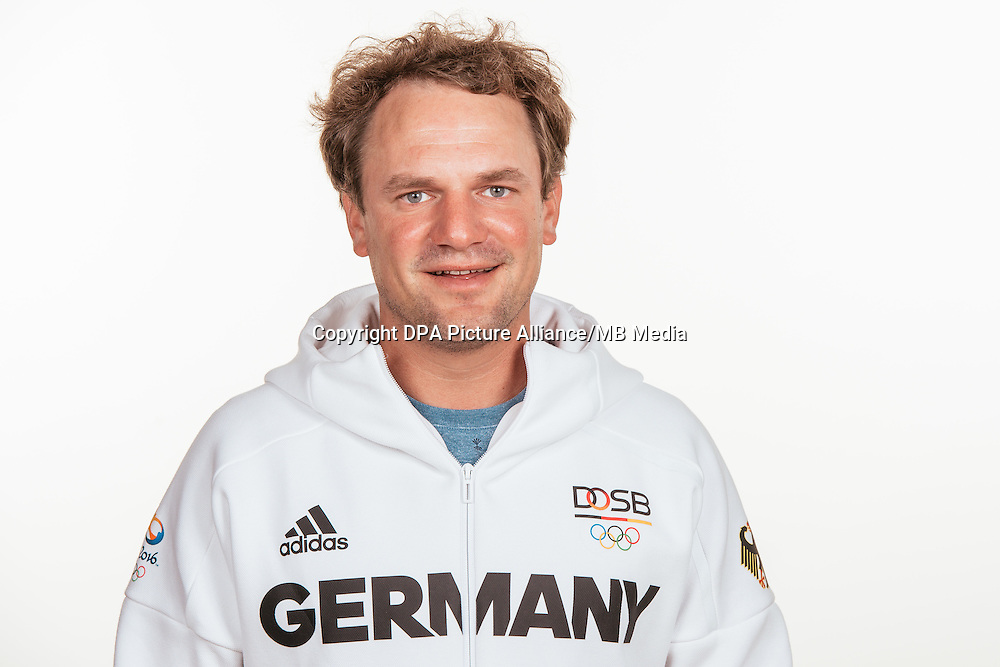 Max Groy poses at a photocall during the preparations for the Olympic Games in Rio at the Emmich Cambrai Barracks in Hanover, Germany, taken on 20/07/16 | usage worldwide