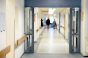 Nederland, Boxmeer, 13-1-2013Gang van een afdeling in een perifeer ziekenhuis. Onscherp, vaag.Foto: Flip Franssen