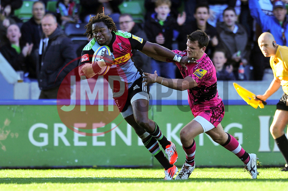 Marland Yarde of Harlequins runs in the final try of the match - Photo mandatory by-line: Patrick Khachfe/JMP - Mobile: 07966 386802 04/10/2014 - SPORT - RUGBY UNION - London - The Twickenham Stoop - Harlequins v London Welsh - Aviva Premiership