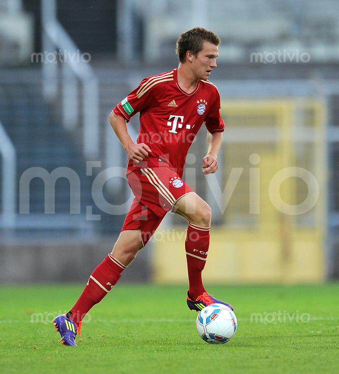 FUSSBALL  Regionalliga Sued     SAISON  2011/2012     12.08.2011 FC Bayern Muenchen II - FC Memmingen Bastian Mueller (FC Bayern II)