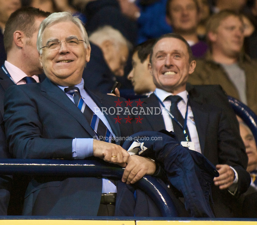 LONDON, ENGLAND - Tuesday, October 27, 2009: Everton's owner and chairman Bill Kenwright and Chief-Executive Robert Elstrom before the League Cup 4th Round match against Tottenham Hotspur at White Hart Lane. (Photo by David Rawcliffe/Propaganda)