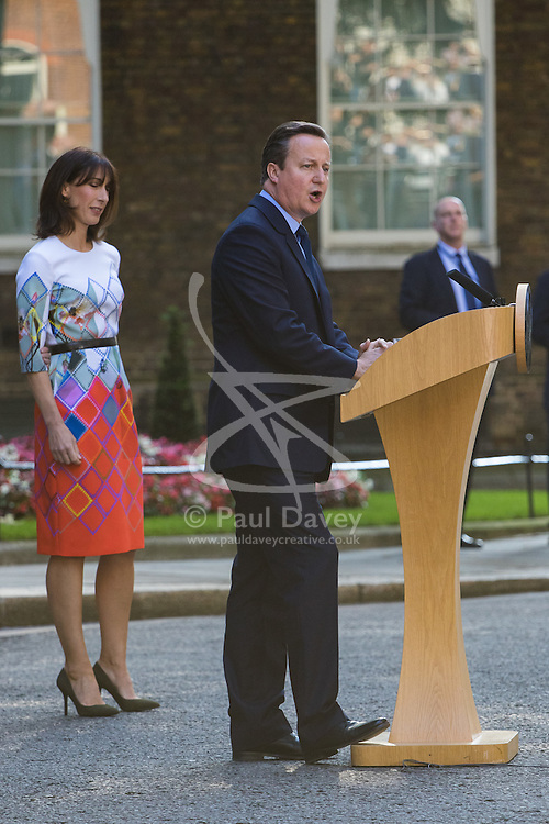 Downing Street, London, June 24th 2016. British Prime Minister David Cameron appears before the world's press gathered in Downing Street and announces that he will step aside with a new Prime Minister in place before the Party Conference, after the country votes to leave the European Union. PICTURED:  David Cameron, his wife Samantha at his side, announces he is to step aside as Prime Minister within the next few months.