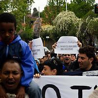 Protesta davanti la Villa di Caltagirone