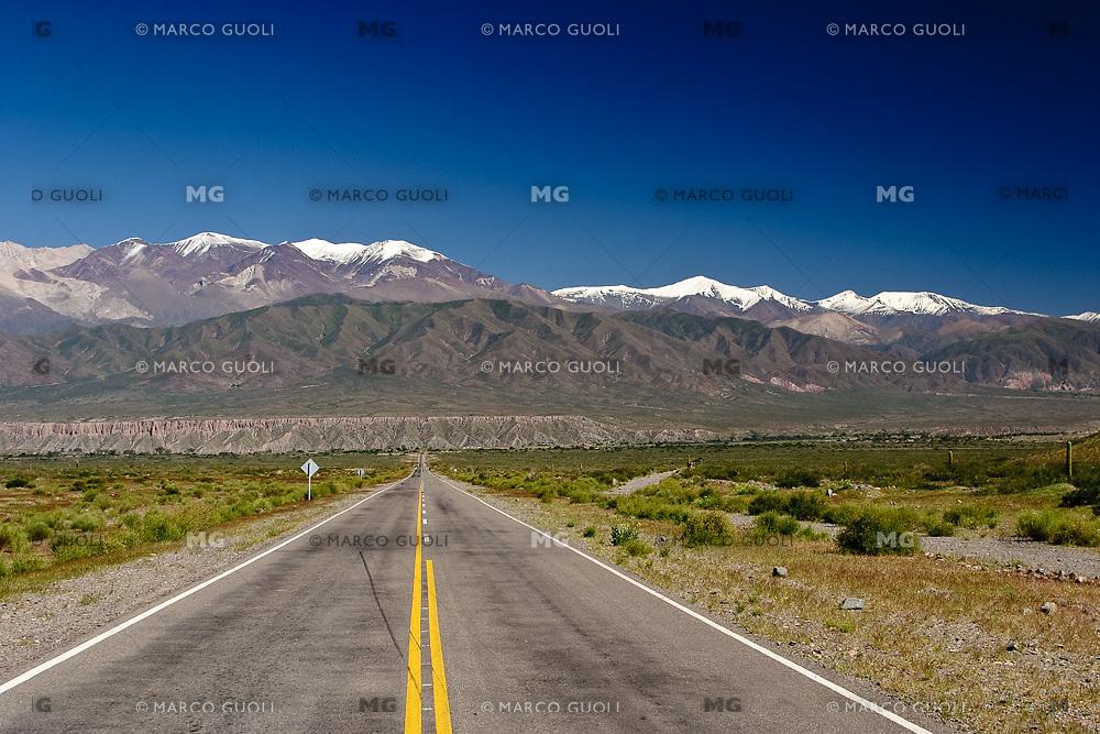 RUTA 33 HACIA PAYOGASTA Y NEVADO DE CACHI, PAYOGASTA, VALLES CALCHAQUIES, PROV. DE SALTA, ARGENTINA