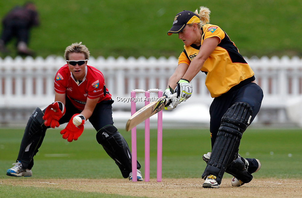 Wellington's Elizabeth Perry, Action Cricket Twenty20 Final, Blaze v Magicians. Basin Reserve, Wellington. Saturday 5 February 2011. Photo: Anthony Phelps/PHOTOSPORT