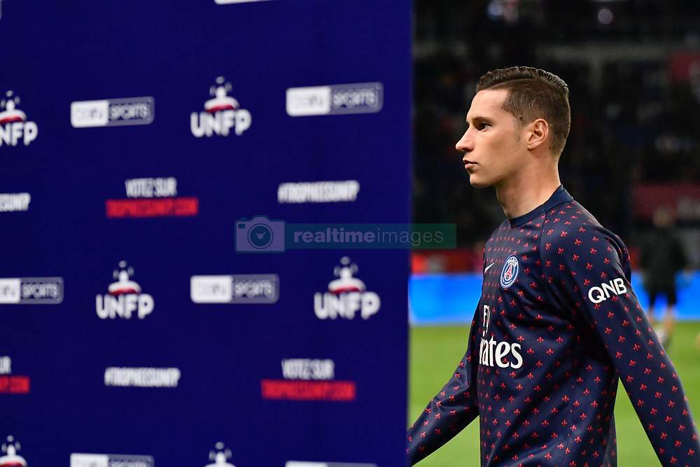 October 7, 2018 - Paris, ile de france, France - Julian Draxler  during the french Ligue 1 match between Paris Saint-Germain (PSG) and Olympique Lyonnais (OL, Lyon) at Parc des Princes stadium on October 7, 2018 in Paris, France. (Credit Image: © Julien Mattia/NurPhoto/ZUMA Press)