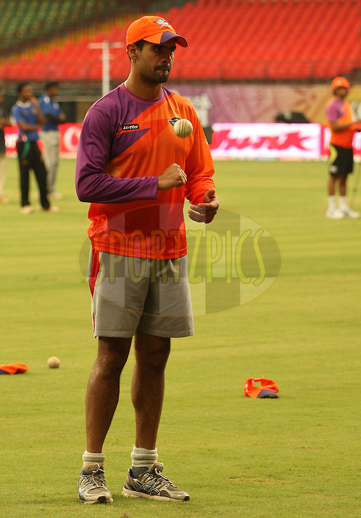 Owais Shah during the Kochi Tuskers and Chennai Superkings practice sessions held at the  M. Chinnaswamy Stadium in Kochi, Kerala  India on the 17th April 2011..Photo by Jacques Rossouw/BCCI/SPORTZPICS .
