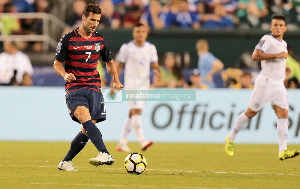 July 19, 2017 - Philadelphia, PA, USA - Philadelphia, PA - Wednesday July 19, 2017: Chris Pontius during a 2017 Gold Cup match between the men's national teams of the United States (USA) and El Salvador (SLV) at Lincoln Financial Field. (Credit Image: © John Dorton/ISIPhotos via ZUMA Wire)